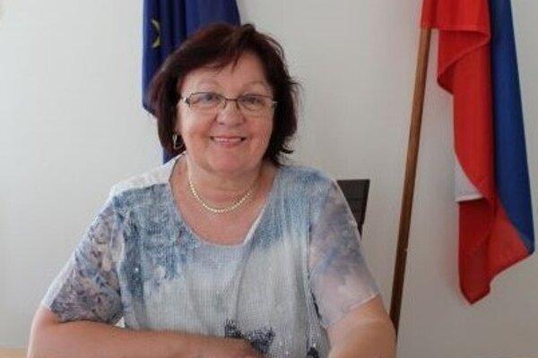 Starostka Dlhého Poľa Dana Veveričíková