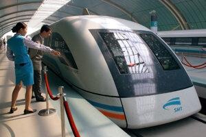 Vlak Maglev v Šanghaji.