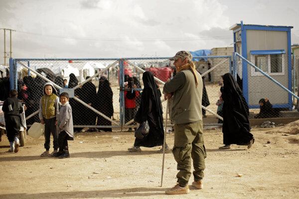 Obzvlášť zlá situácia je v utečeneckých táboroch v Sýrii.