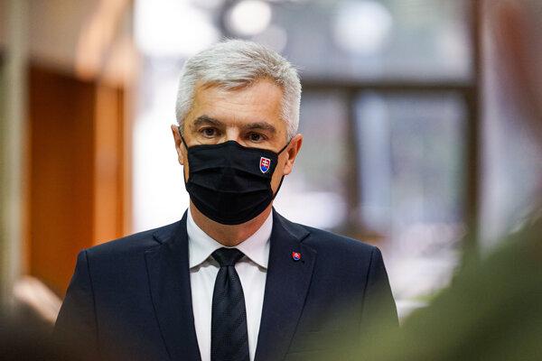 Šéf rezortu diplomacie Ivan Korčok (nominant SaS).