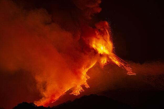 Erupcia Etny 18. februára.