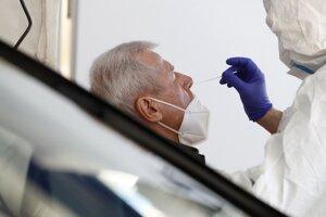 Opatrenia sa uvoľňujú, ako vstupenka bude potrebný negatívny antigénový test.