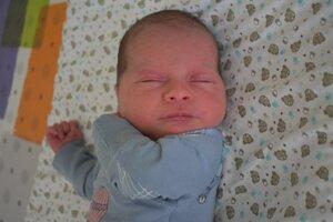 Eliáš Malánik (3330 g, 48 cm) sa narodil 26. februára Michaele a Štefanovi z Veľkých Hostí.