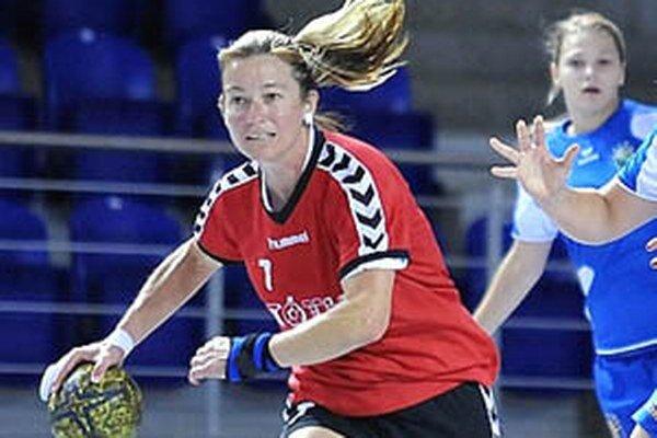 Medzi opory tímu UDHK Nitra patrí skúsená Katarína Hanakovičová. V nedeľu prispela k víťazstvu v Senici 7 gólmi.