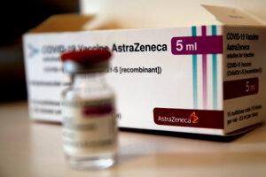 Balenie s vakcínou proti ochoreniu Covid-19 od spoločnosti AstraZeneca.