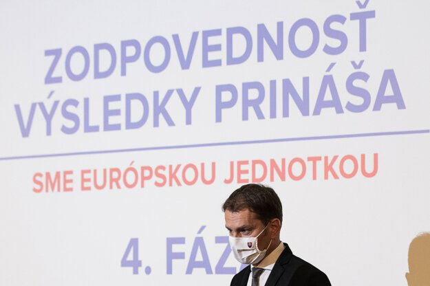 18. máj 2020. Predseda vlády Igor Matovič počas tlačovej konferencie na tému Zodpovednosť prináša výsledky.