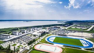 Svetový športový komplex v Šamoríne? Zatiaľ len miliónové dlhy