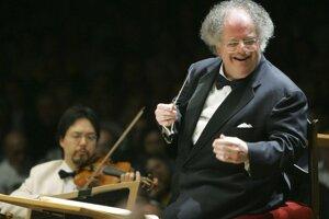 Americký dirigent James Levine.