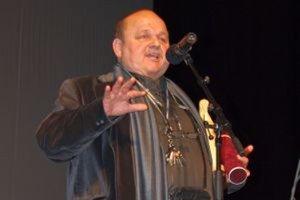 Jozef Bednárik sa počas preberania Ceny Pavla Straussa vyznal z lásky k nitrianskemu divadlu i publiku.