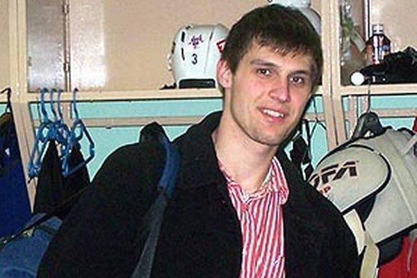 Obranca Ivan Švarný hral naposledy za Nitru v úspešnej sezóne 2006/07.