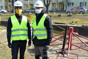 Minulý týždeň sa začala obnova jedného zvnútroblokov na Sihoti.