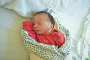 Erika Búbelová (2540 g, 44 cm) sa narodila 22. marca Eve a Tomášovi z Mníchovej Lehoty.