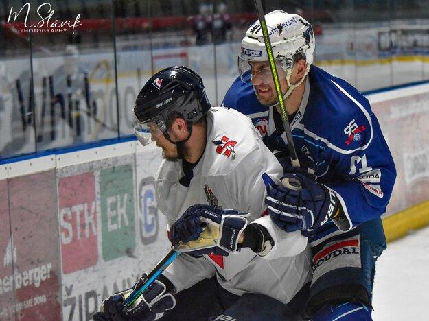 Andrej Šťastný je hladný po hokeji, hoci po dlhom zranení ešte nie je vo svojej stopercentnej športovej forme, na ľade necháva absolútne všetko.