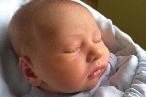 Hanka Némová (3100 g a 49 cm) sa narodila 13. decembra 2020 v levickej pôrodnici maminke Kataríne Némovej a oteckovi Tomášovi Némovi z Levíc.