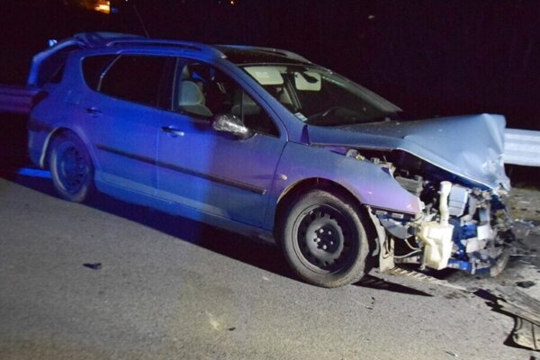 Vodič havaroval, po nehode odišiel.