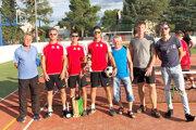 Nohejbal si našiel vŽaškove veľkú obľubu. Hráči organizujú turnaje, ale zúčastňujú sa aj ďalších po okolí.