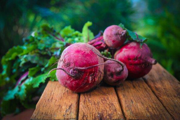 Cvikla je bohatým zdrojom vitamínov a minerálov.