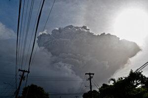 Výbuch sopky La Soufriere na ostrove Svätý Vincent.
