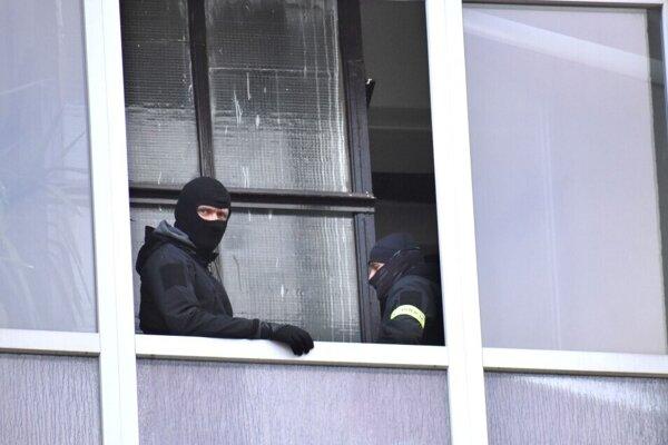 Polícia dokumentovala miesto niekoľko hodín.