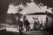 Hasenie požiaru v roku 1904.