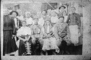 Svadba vBošáckych kopaniciach vr. 1918