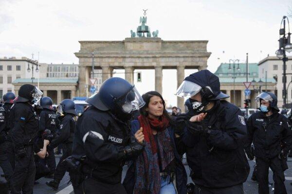 Zásah polície v centre Berlína.