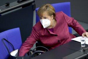 Nemecká kancelárka Angela Merkelová počas rokovania v nemeckom parlamente.