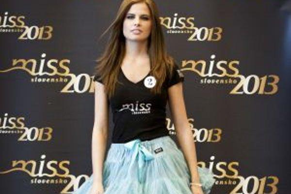 Jednou z finalistiek Miss Slovensko 2013 je aj Simona Mudráková z Nitry.