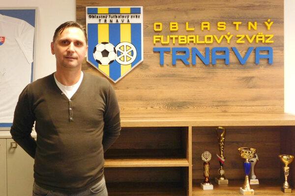 Predseda ObFZ Trnava Vladimír Hracho.