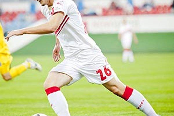 Michal Škvarka hral v piatok proti svojmu materskému klubu.