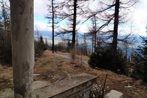 Z vily je výhľad na rôzne strany Tatier.