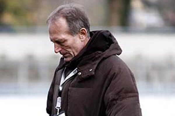 Ladislav Jurkemik bol trénerom Nitry od 20. decembra 2011. Zápas s Myjavou bol jeho posledným.