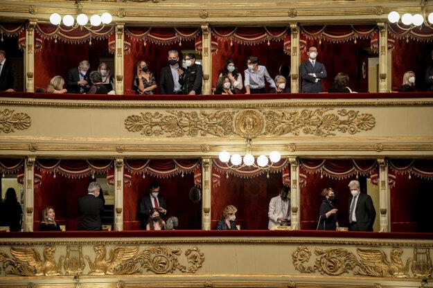 La Scala opäť privítala divákov.