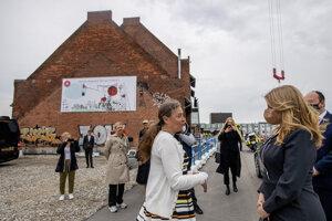 Prezidentka SR Zuzana Čaputová v rámci pracovnej cesty navštívila v Dánskom kráľovstve neziskovú organizáciu Bibiana Danmark , v ktorej otvorila Detskú školu architektúry a staviteľstva 11. mája 2021.