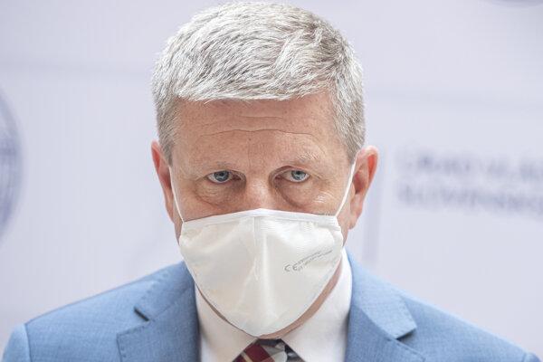 Minister zdravotníctva Vladimír Lengvarský (nom. OĽaNO).