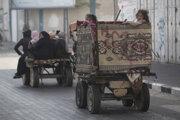 Palestínčania opúšťajú svoje domovy.