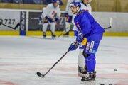 Daniel Gachulinec na tréningu slovenskej hokejovej reprezentácie.