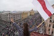 Protesty v Minsku sa začali po voľbách.