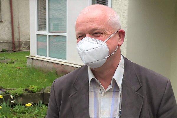 Tibor Záborský, riaditeľ Regionálneho úradu verejného zdravotníctva vMartine.