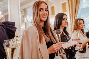 O korunku krásy zabojuje v tohtoročnej Miss Slovensko aj Sophia Hrivňáková z Banskej Štiavnice.