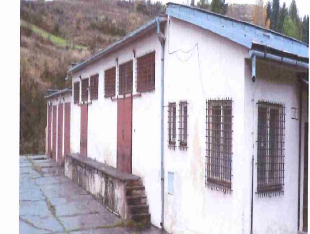 Bývalé skladové priestory, ktoré takmer mesto kúpilo. Ministerstvo krátko pred podpisom zmluvy cúvlo.