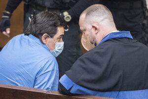Obžalovaný Marian Kočner a jeho právny zástupca Marek Para počas verejného zasadnutia na Najvyššom súde.