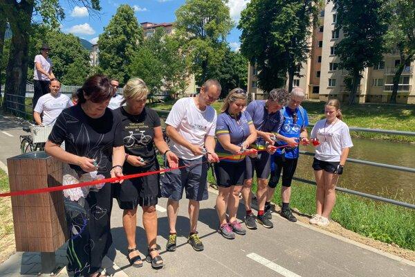 Dnes sa slávnostne otvorila vrútocká časť cyklotrasy, ktorá spája Martin a Vrútky.