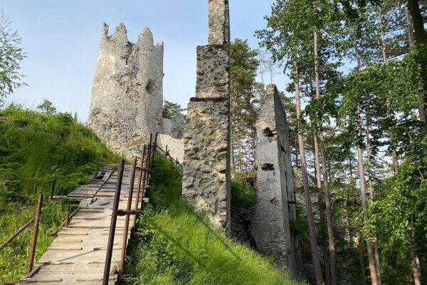 Blatnický hrad je obľúbeným miestom mnohých Turčanov.