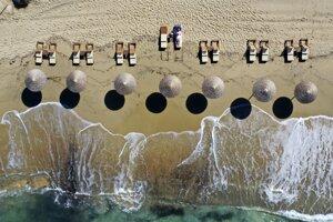 Pláž Plaka na gréckom ostrove Naxos.