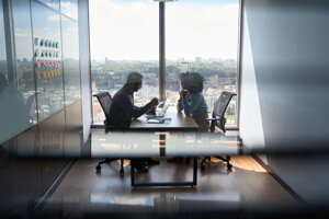Významné kancelárie si na niektorých absolventoch všímajú, že si zle manažujú čas.