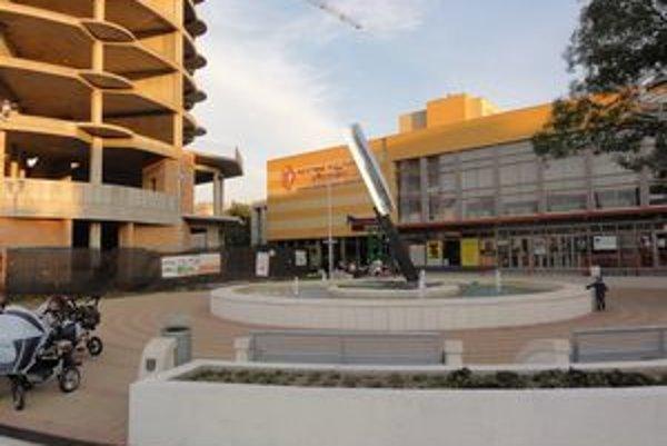 KIno je súčasťou mestského kultúrneho strediska.