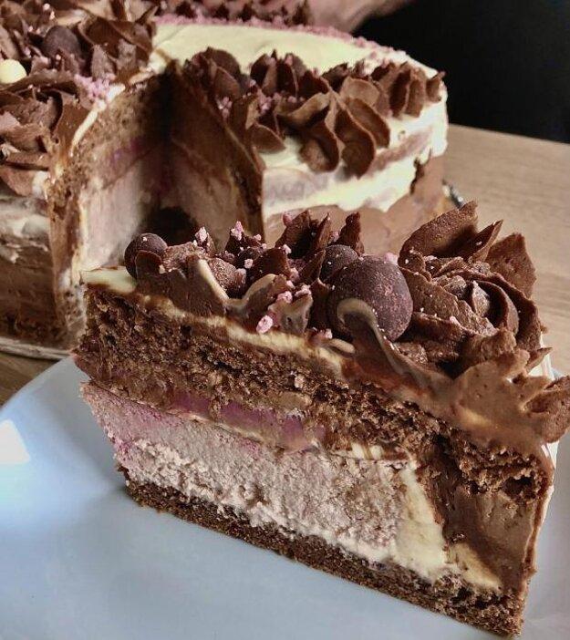 Malinová cheesecake torta