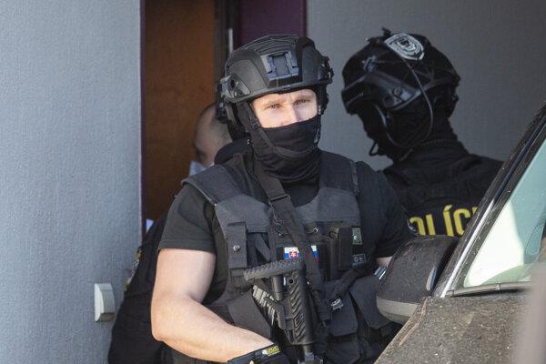 Obvinený Kamil B. mal pripravovať vraždu bývalého starostu obce Marianka Dušana Statelova.