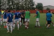 Obrovská radosť hráčov Tepličky po postupe cez Spišskú Novú Ves.